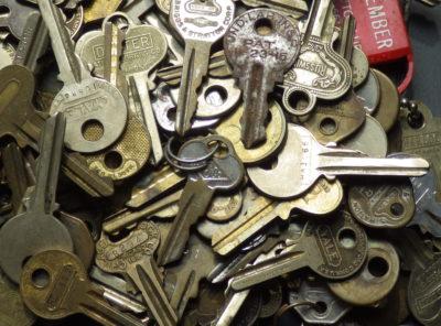 Antique Hardware – Old Vintage Keys
